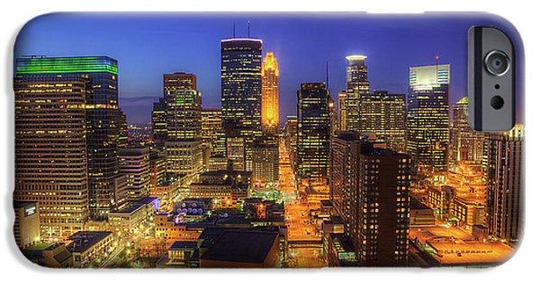 Marquette iPhone 6s Case - Minneapolis Skyline Art Marquette Avenue by Wayne Moran
