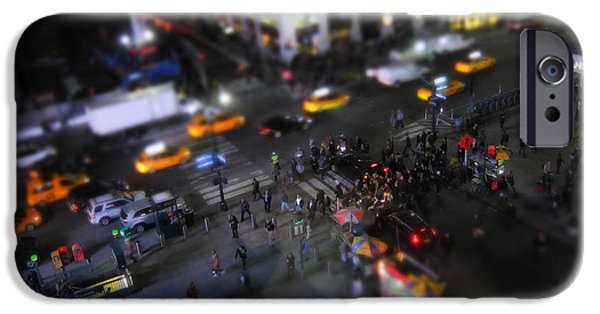 Times Square iPhone 6s Case - New York City Street Miniature by Nicklas Gustafsson