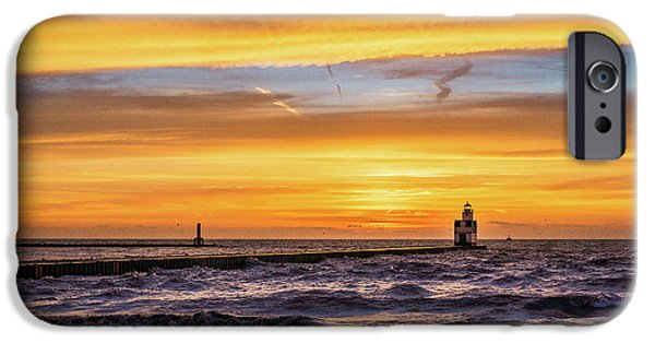 IPhone 6s Case featuring the photograph October Surprise by Bill Pevlor