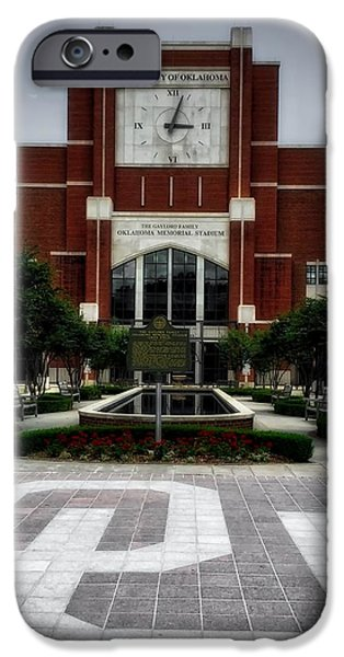 Oklahoma Memorial Stadium IPhone 6s Case by Center For Teaching Excellence