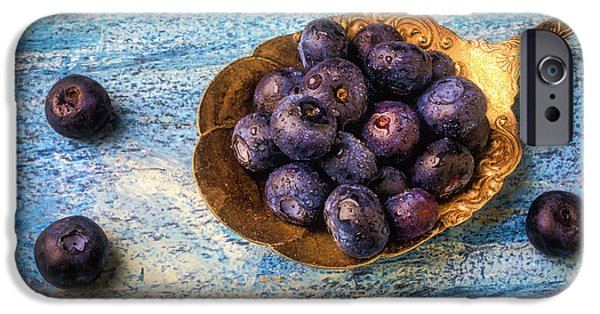 Blue Berry iPhone 6s Case - Old Spoon Full Of Blueberries by Garry Gay