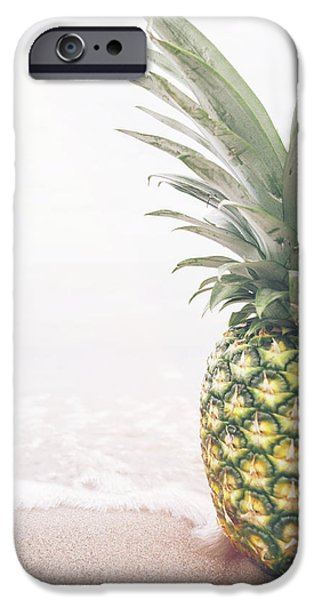 Pineapple On The Beach IPhone 6s Case