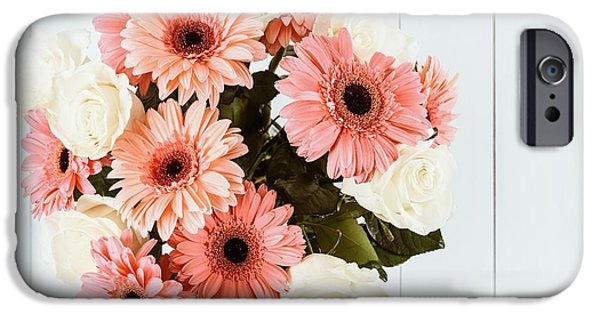 Pink Gerbera Daisy Flowers And White Roses Bouquet IPhone 6s Case