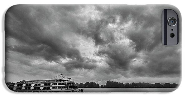 IPhone 6s Case featuring the photograph Rainy Day Cruise by Hitendra SINKAR