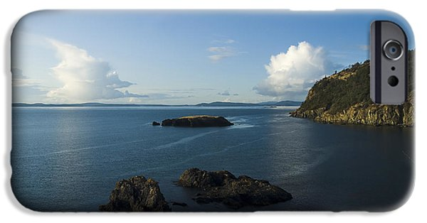 IPhone 6s Case featuring the photograph Rosario Strait Near Anacortes by Yulia Kazansky