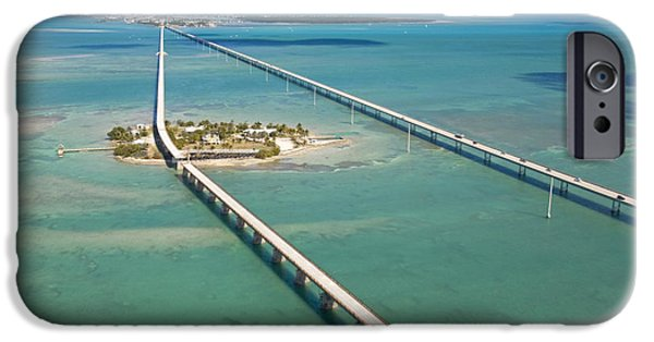 Pigeon iPhone 6s Case - Seven Mile Bridge Crossing Pigeon Key by Mike Theiss