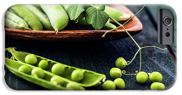 Snow Peas Or Green Peas Still Life IPhone 6s Case by Vishwanath Bhat
