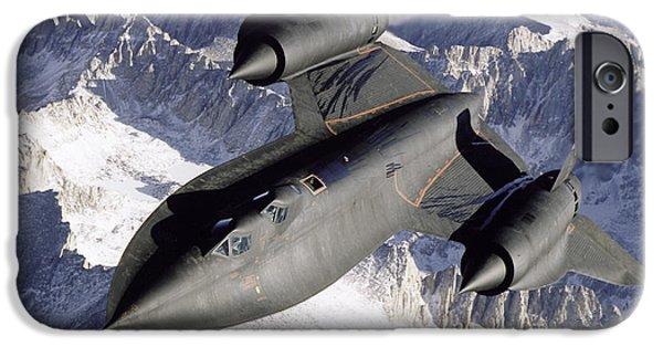 Sr-71b Blackbird In Flight IPhone 6s Case