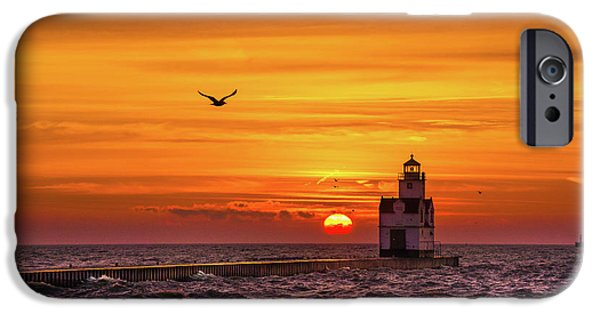 IPhone 6s Case featuring the photograph Sunrise Solo by Bill Pevlor