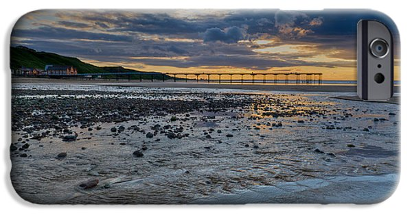 Sunset With Saltburn Pier IPhone 6s Case by Gary Eason