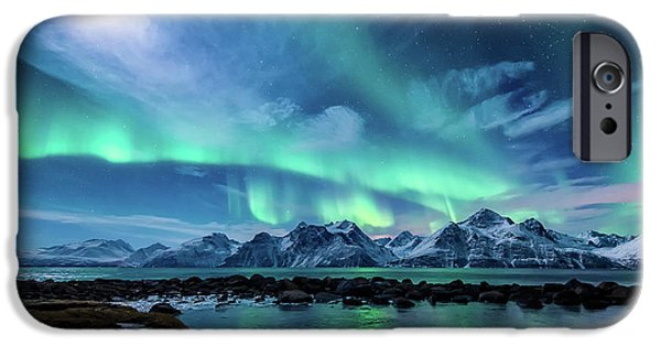 Mountain iPhone 6s Case - When The Moon Shines by Tor-Ivar Naess