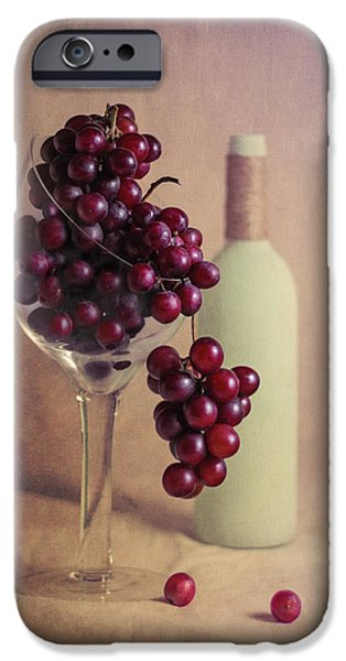 Wine On The Vine IPhone 6s Case by Tom Mc Nemar