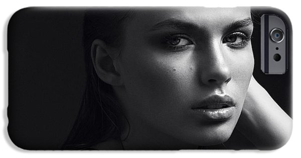 Perfume iPhone 6s Case - Black And White Portrait Of A Beautiful by Yuliya Yafimik