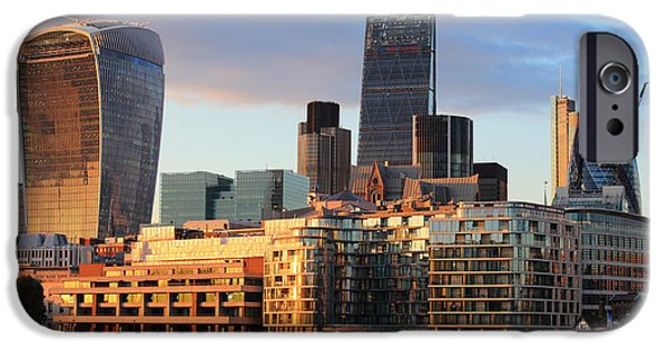 Office Buildings iPhone 6s Case - Cityscape Of London At Night, United by Aslysun