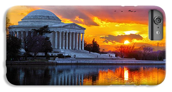 Jefferson Memorial iPhone 6s Plus Case - Glow by Mitch Cat