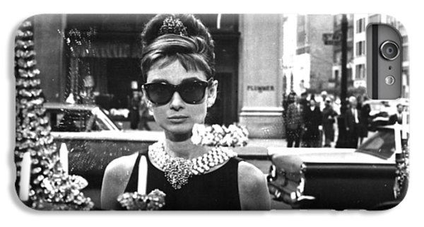 Audrey Hepburn iPhone 6s Plus Case - Audrey Hepburn Breakfast At Tiffany's by Georgia Fowler