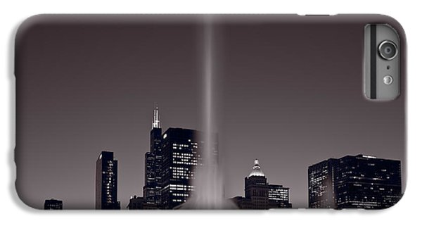 Buckingham Fountain Nightlight Chicago Bw IPhone 6s Plus Case by Steve Gadomski