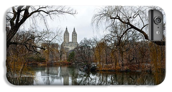 Central Park And San Remo Building In The Background IPhone 6s Plus Case by RicardMN Photography