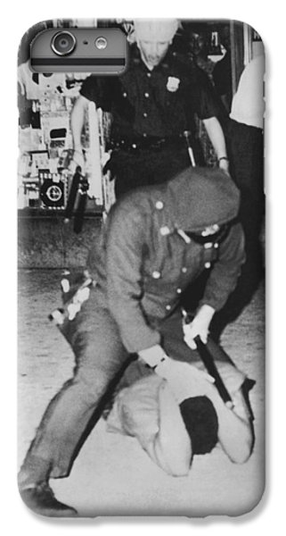 Harlem Race Riots IPhone 6s Plus Case by Underwood Archives