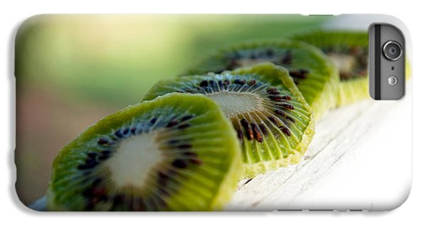 Kiwi Four IPhone 6s Plus Case by Gwyn Newcombe