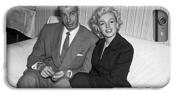 Marilyn Monroe And Joe Dimaggio IPhone 6s Plus Case
