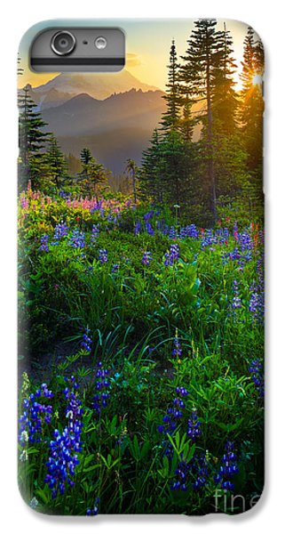 Mount Rainier Sunburst IPhone 6s Plus Case by Inge Johnsson
