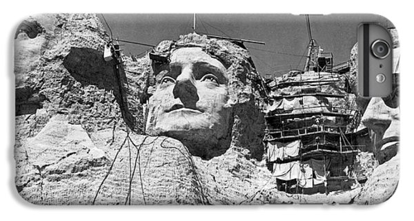 Mount Rushmore In South Dakota IPhone 6s Plus Case by Underwood Archives