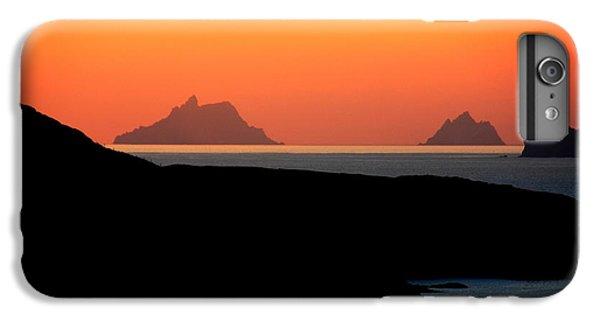 Puffin iPhone 6s Plus Case - Skellig Islands  by Aidan Moran