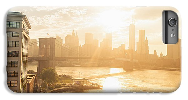 City Sunset iPhone 6s Plus Case - Sunset - Brooklyn Bridge - New York City by Vivienne Gucwa
