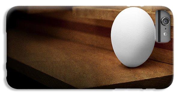 Chicken iPhone 6s Plus Case - The Egg by Tom Mc Nemar