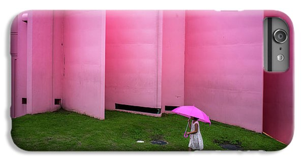 Umbrella iPhone 6s Plus Case - The Pink Color World by Tetsuya Hashimoto