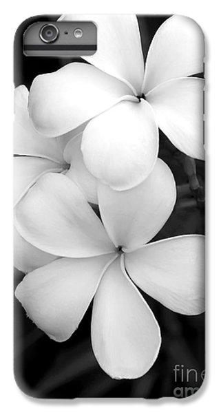 Three Plumeria Flowers In Black And White IPhone 6s Plus Case