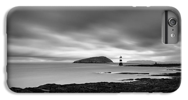 Puffin iPhone 6s Plus Case - Trwyn Du Lighthouse 1 by Dave Bowman
