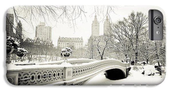 White iPhone 6s Plus Case - Winter's Touch - Bow Bridge - Central Park - New York City by Vivienne Gucwa