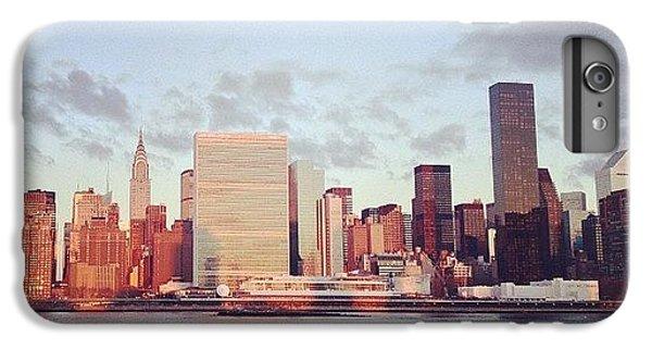 Place iPhone 6s Plus Case - Nyc Sunrise by Randy Lemoine