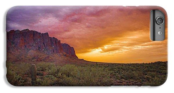 Desert Sunset iPhone 6s Plus Case - Arizona Sunset by Jon Berghoff