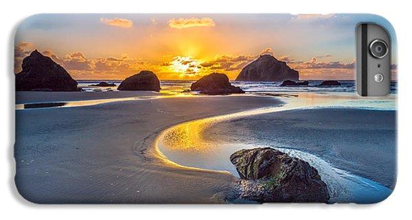 Ocean Sunset iPhone 6s Plus Case - Bandon Face Rock by Robert Bynum