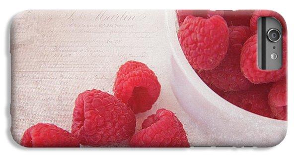 Bowl Of Red Raspberries IPhone 6s Plus Case