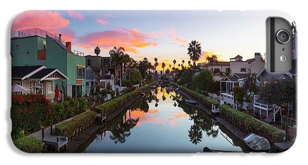 Venice Beach iPhone 6s Plus Case - Canals Of Venice Beach by Sean Davey