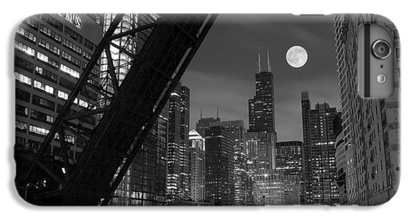 Soldier Field iPhone 6s Plus Case - Chicago Pride Of Illinois by Frozen in Time Fine Art Photography