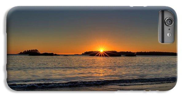 Ocean Sunset iPhone 6s Plus Case - Mackinsie Beach Sun Burst by Mark Kiver