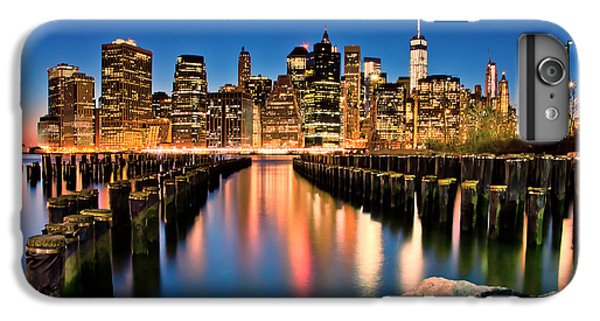 Manhattan Skyline At Dusk IPhone 6s Plus Case