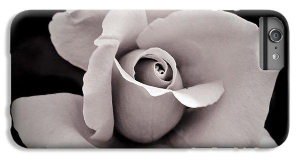 Rose IPhone 6s Plus Case by Hitendra SINKAR