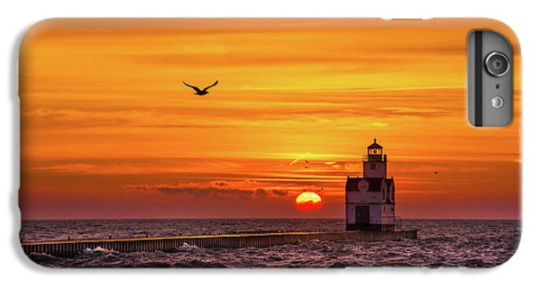 IPhone 6s Plus Case featuring the photograph Sunrise Solo by Bill Pevlor