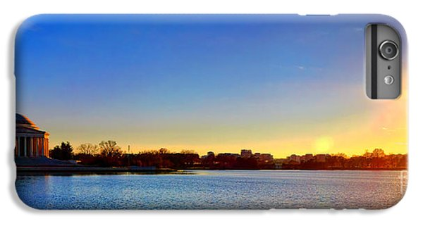 Sunset Over The Jefferson Memorial  IPhone 6s Plus Case by Olivier Le Queinec