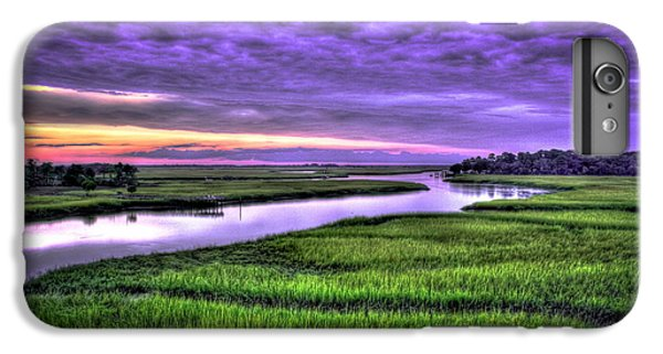Wren iPhone 6s Plus Case - Sunset Over Turners Creek Savannah Tybee Island Ga by Reid Callaway