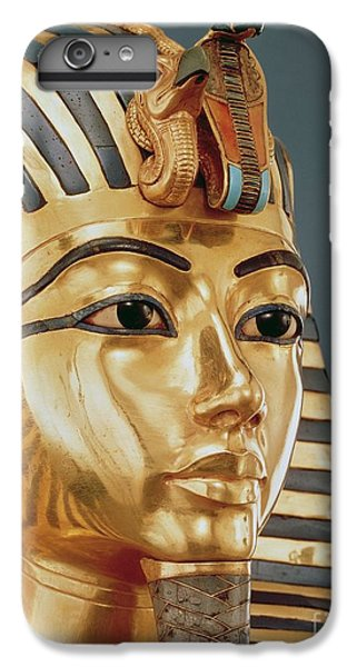 Vulture iPhone 6s Plus Case - The Funerary Mask Of Tutankhamun by Unknown
