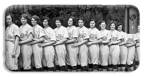 Vintage Photo Of Women's Baseball Team IPhone 6s Plus Case by American School