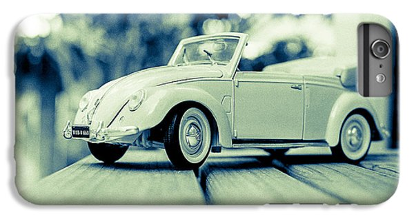Vw Beetle Convertible IPhone 6s Plus Case by Jon Woodhams