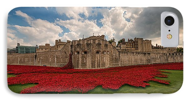 Tower Of London Remembers.  IPhone Case by Ian Hufton